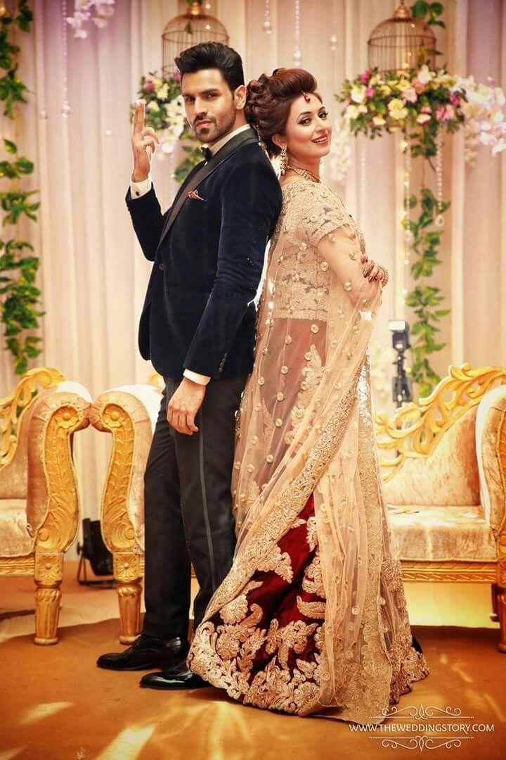 Divyanka Tripathi and  Vivek Dahiya  cute photoshoot at their wedding
