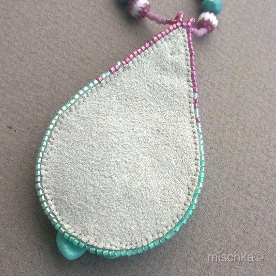 Bordado violeta turquesa collar con cinta de por beadedmischka