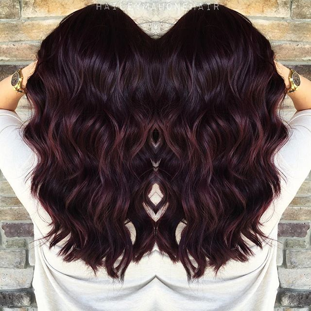 IG: haileymahonehair | Pour me a tall glass of Merlot.