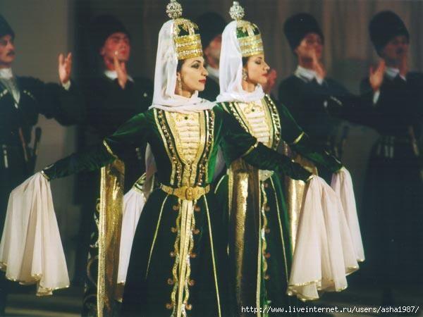 Национальные костюмы грузия чечня дагестан