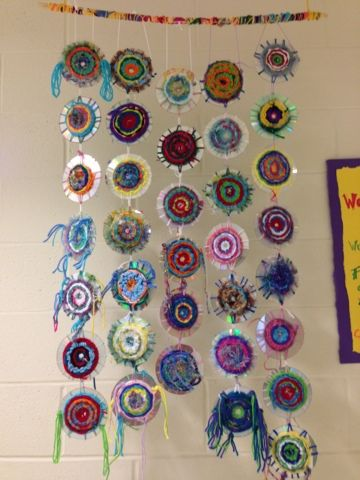 SJS Art Studio: Weaving a Dream (using old CDs)