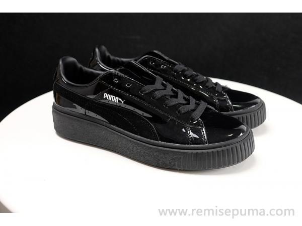 Chaussures Puma Homme Rihanna Suede noir couleur est beaucoup plus unique chaussures  homme.
