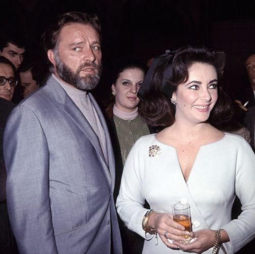 Elizabeth Taylor And Richard Burton......Uploaded By  www.1stand2ndtimearound.etsy.com