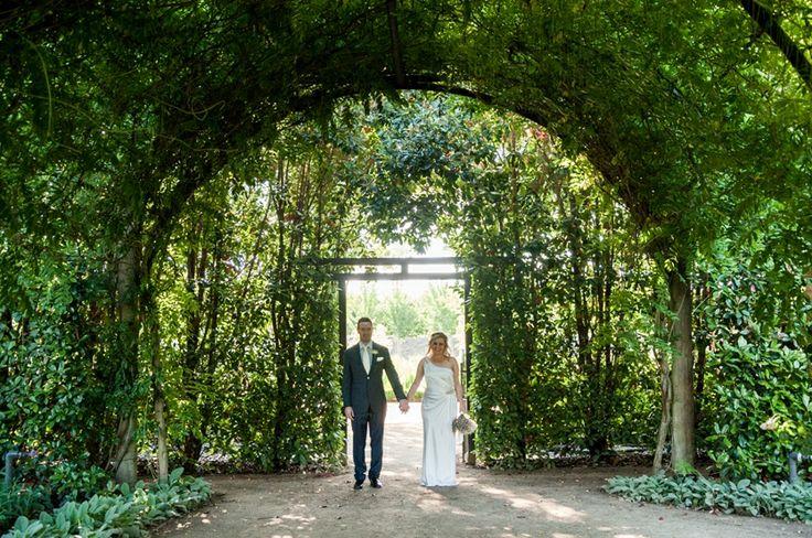 Sandra & Matthew's Alowyn Gardens Wedding by Tiny Sparrows Photography with Marriage Celebrant Melbourne | Meriki Comito http://www.simplycelebrant.com.au/