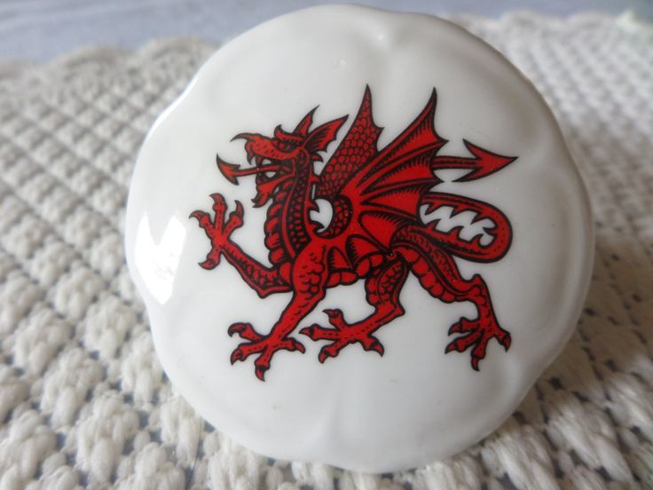 China trinket box, Round trinket box, Welsh design,  design inside, Welsh dragon, White Swan China,  English bone china, Cymru scroll by MaddisonsRainbow on Etsy