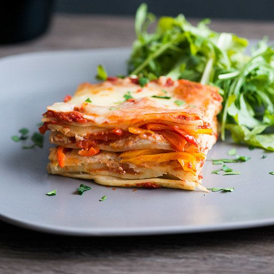 Easy Sweet Pepper Lasagna | Sweet bell peppers add delicious flavor and beautiful color to this classic cheese lasagna recipe.
