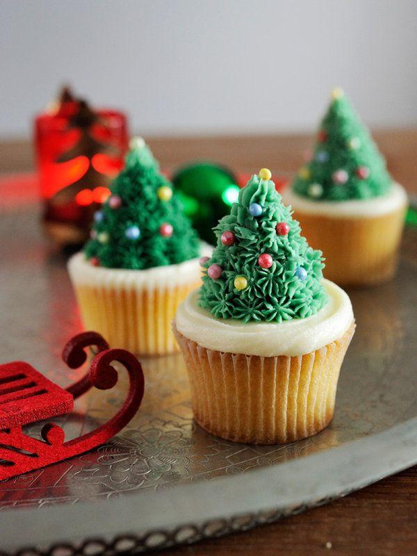 カップケーキのクリスマスツリー・デコレーション
