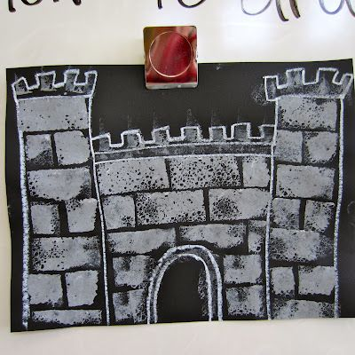 Sponged Castles.....probably 2nd grade - from Post: Crowns & Castles & Dragons, Oh My! | Dali's Moustache