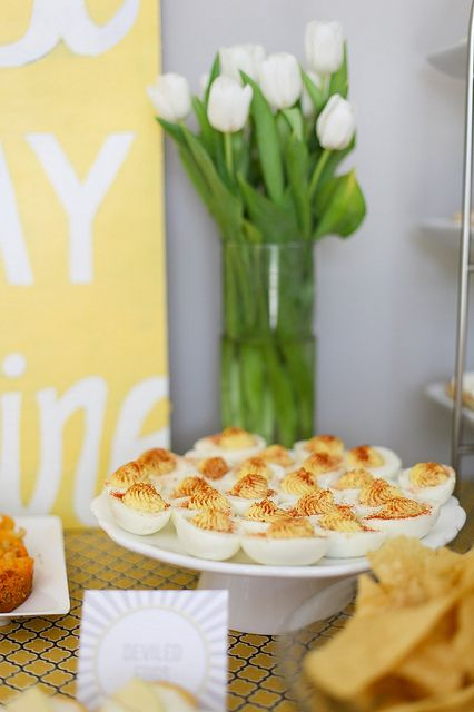 """You Are My Sunshine"" party via Annie's Eats - so sweet!!"