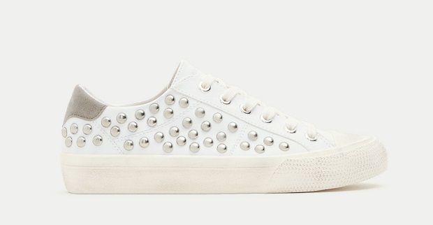 14 deportivas blancas low cost que vas a querer en tu colección de zapatillas