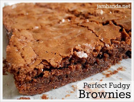 Perfect Fudgy Brownies Recipe. #brownies #recipe #dessert