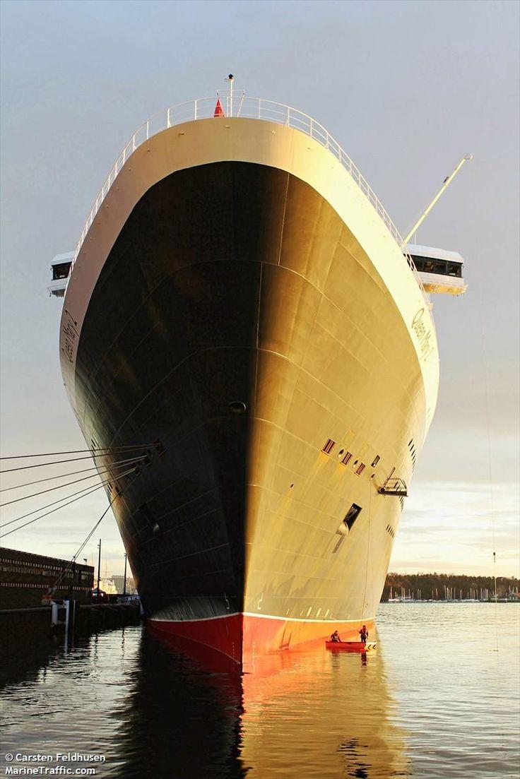 QUEEN MARY 2 (MMSI: 310627000) Ship Photos | AIS Marine Traffic