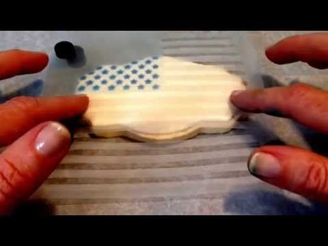 Making a flag cookie using my 2 piece stencil, available from TheCookieCountess.com - YouTube