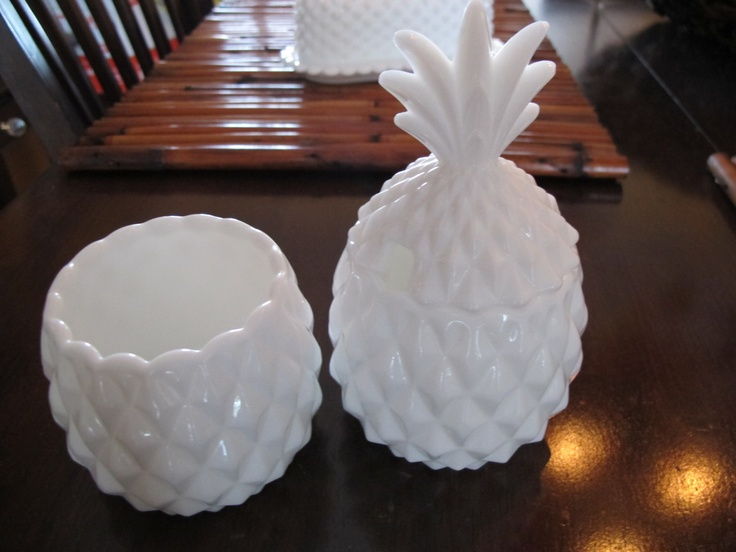 Vintage White Milk Glass Hobnail Textured Pineapple Honey