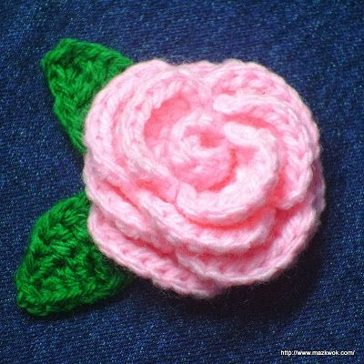 Free crochet pattern: Blooming rose