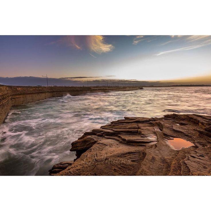 Breakwater at sunrise  #warrnamboolbreakwater #breakwater #sunrise #victoria #warrnambool #3280 #visitvictoria #beach #ocean #ausfeels #admireaustralia #seeaustralia #liveinvictoria #visitvictoria #exploringaustralia #beautifilaustralia #wandervictoria #seeaustralia_victoria #longexposure_shots #longexposure #thegreatoutdoors #sunrise_and_sunsets  #waves by edgeofaustralia