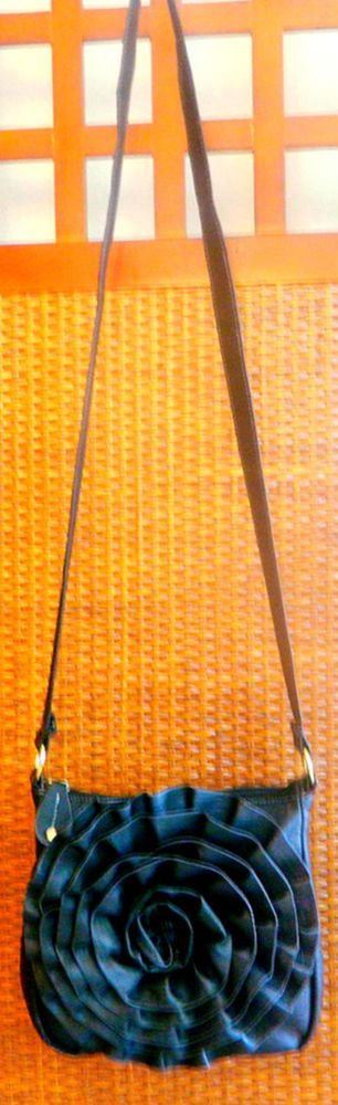 Steve Madden Black Ruffle Floral Shoulder Crossbody Handbag Satchel Faux Leather #SteveMadden #ShoulderBag