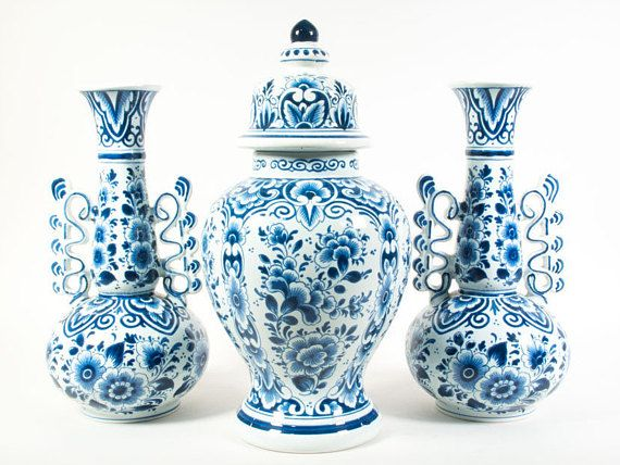 OUD Delft garniture set Small Delft Blue garniture set