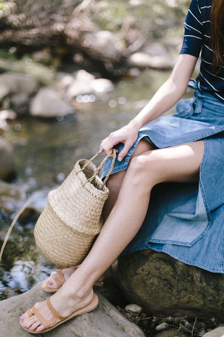 A classic look for the flurry of picnics ahead this Spring.