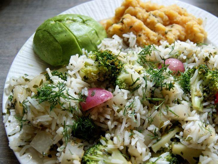Warzywa z soczewicą i ryżem albo kaszą gryczaną