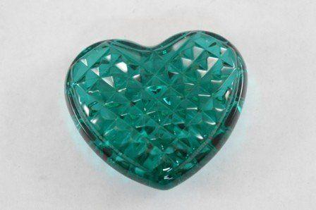 Waterford Emerald Green Heart Shape Hand Cooler Waterford https://www.amazon.com/dp/B01B6P82PW/ref=cm_sw_r_pi_dp_U_x_g9rsAb40QZT0X