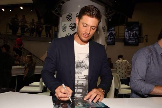 Jensen Ackles at Comic Con.
