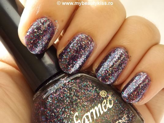Nail Of The Day - Let's Party - cu oja Farmec Ultrarezistent nr.44-