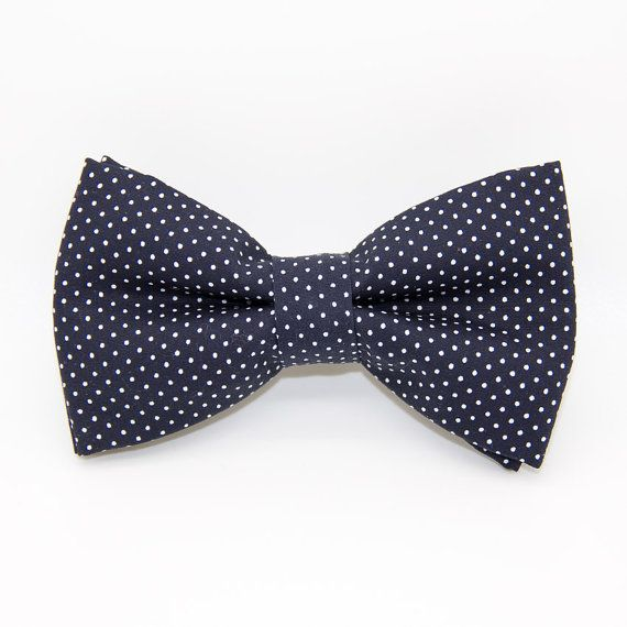 Bowtie night blue with white polka dots / wedding bow tie / Valentin bow tie / men accessories / suit accessories / french handmade / made in France / hipster / Noeud-papillon Valentin / noeud-papillon bleu nuit à pois blancs / noeud pap mariage / noeud-papillon croque-monsieur
