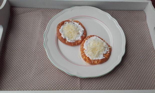 Itt a legújabb magyar diétadurranás, a felhőlángos! - Ripost