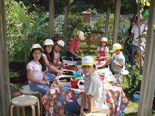 Zeytinburnu Tıbbi Bitkilet Bahçesi Sağlık Çevre Okulu [Seminerler, Atölyeler] / Eğitim