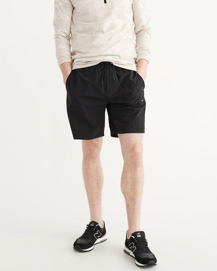 A&F Men's Sport Nylon Shorts in Black - Size XXL