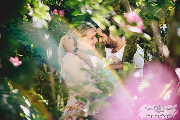 surrey backyard garden engagement session // sofia plana photograph