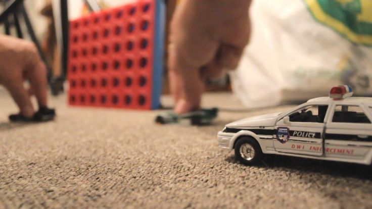 HOTWHEELS POLICE CAR CHASE Action CRASHES and EXPLOSIONS!
