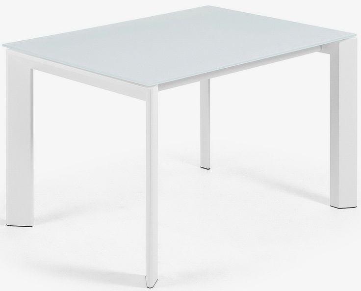 Calenda è innovazione e design, tavolo robusto e tradizionale con un piano in vetro cristallo bianco temperato e gambe in metallo bianco.