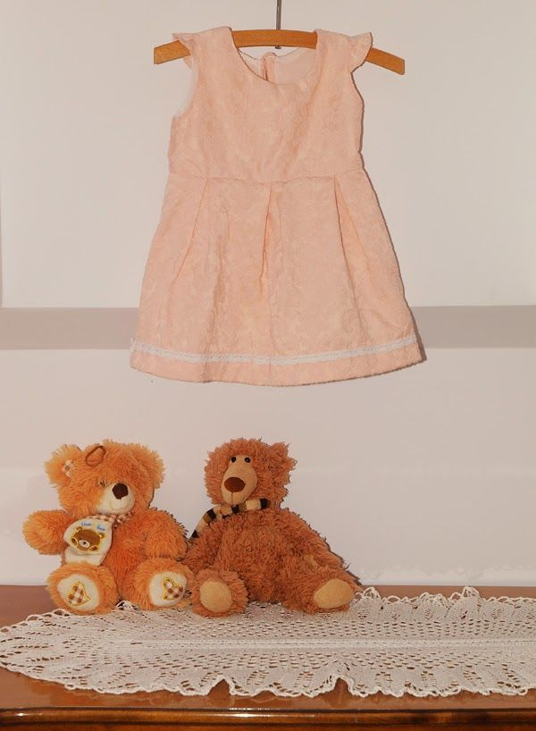 DIY Dress for a little girl.