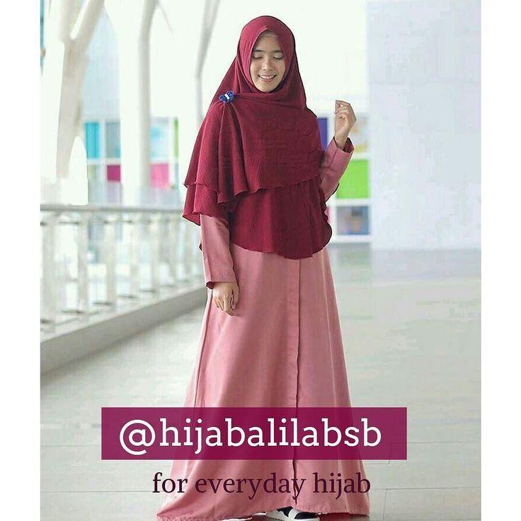Libur telah tiba...Koleksi @hijabalilabsb siap menemani liburanmu dengan pakaian syari yang sederhana dan nyaman dipakai saat liburan . Go follow @hijabalilabsb dan temukan diskon menarik selama bulan Desember 2016 . Untuk order segera hubungi kami di : . sms/wa 081317587970 line : @tgh8158f Instagram: @hijabalilabsb Facebook Page : http://ift.tt/2hmNitq