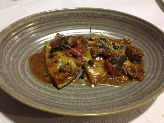 Wigi's kitchen has excellent food, particularly the rabbit ravioli and the calimari! Highly recommend. You will need to book.