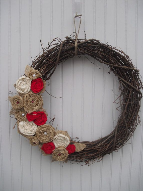Red Burlap Wreaths | Burlap Wreath Natural & Red by ATPitman on Etsy