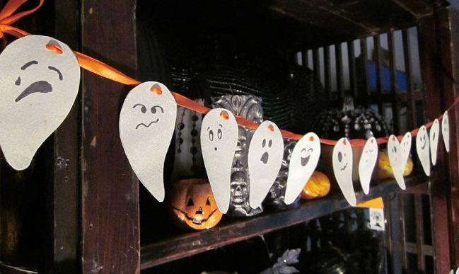 diy halloween decor paper ghosts faces garland
