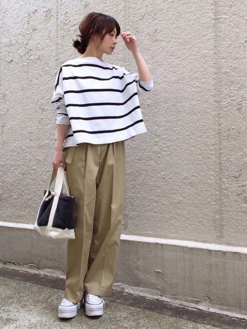 FRAMeWORKのチノパンツ「≪予約≫ベルトツキ ワイド チノパンツ◆」を使ったari☆のコーディネートです。WEARはモデル・俳優・ショップスタッフなどの着こなしをチェックできるファッションコーディネートサイトです。