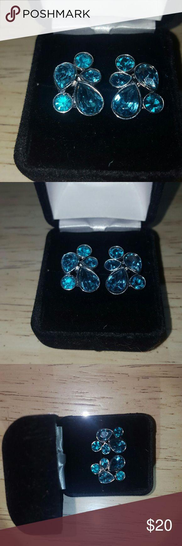 Vintage Earrings Stunning Blue Topaz set in Silver Vintage cluster earrings by Napier Napier Jewelry Earrings