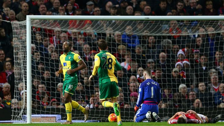@NorwichCity The striker Cameron Jerome scored his side's opening goal at Old Trafford and then set up Alexander Tettey's second, with Anthony Martial's sole effort for the hosts a mere consolation #9ine