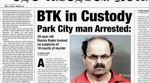 Dennis Rader, known as the BTK killer, killed 10 people in a span of 17 years. It was sentenced to 10 consecutive life sentences.