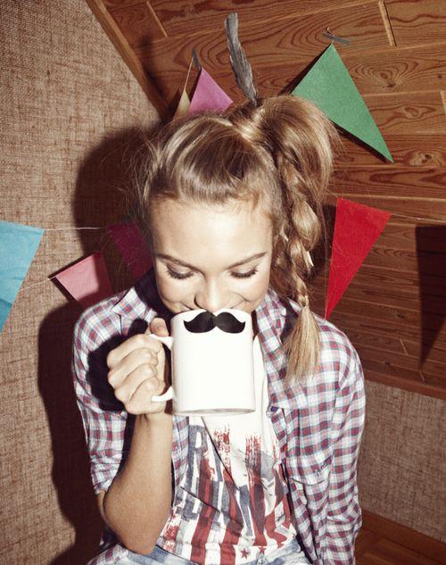 Resultados da pesquisa de http://1.bp.blogspot.com/-0Af_31-m0X4/TsqyeRSEW_I/AAAAAAAAAc4/08ZWh4rHKSQ/s1600/beautiful-girl-mustache-sexy-short...