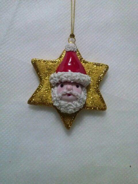 Decorazione natalizia realizzata in porcellana fredda