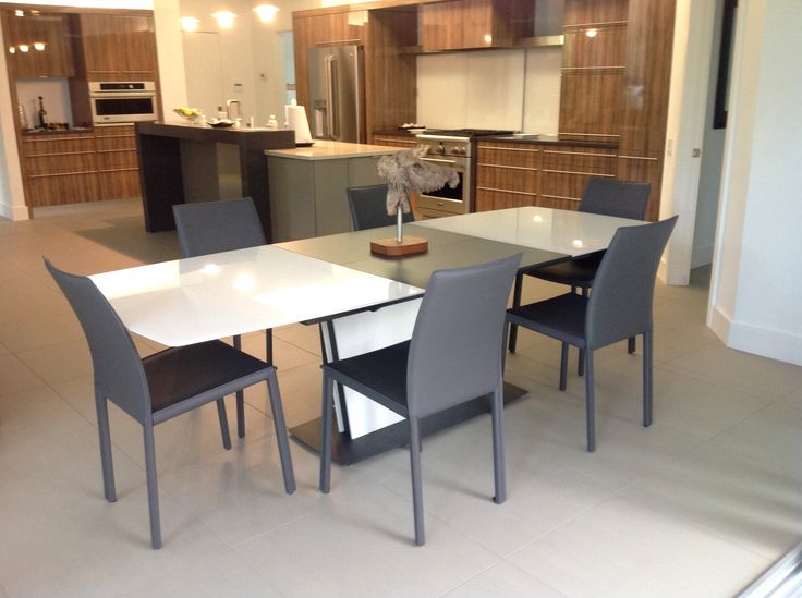 BoConcept Milano dining table and Zarra chairs in Sarasota, FL home