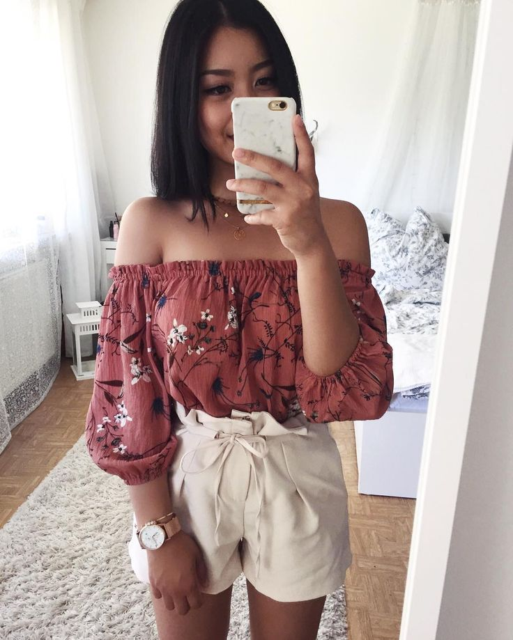 """Thanya  on Instagram: """"Someone please bring me  - Top: Thailand Shorts: @dishee_fashion Watch: @yeexwatches (save 20% with…   Chic outfits, Fashion outfits, Fashion"""