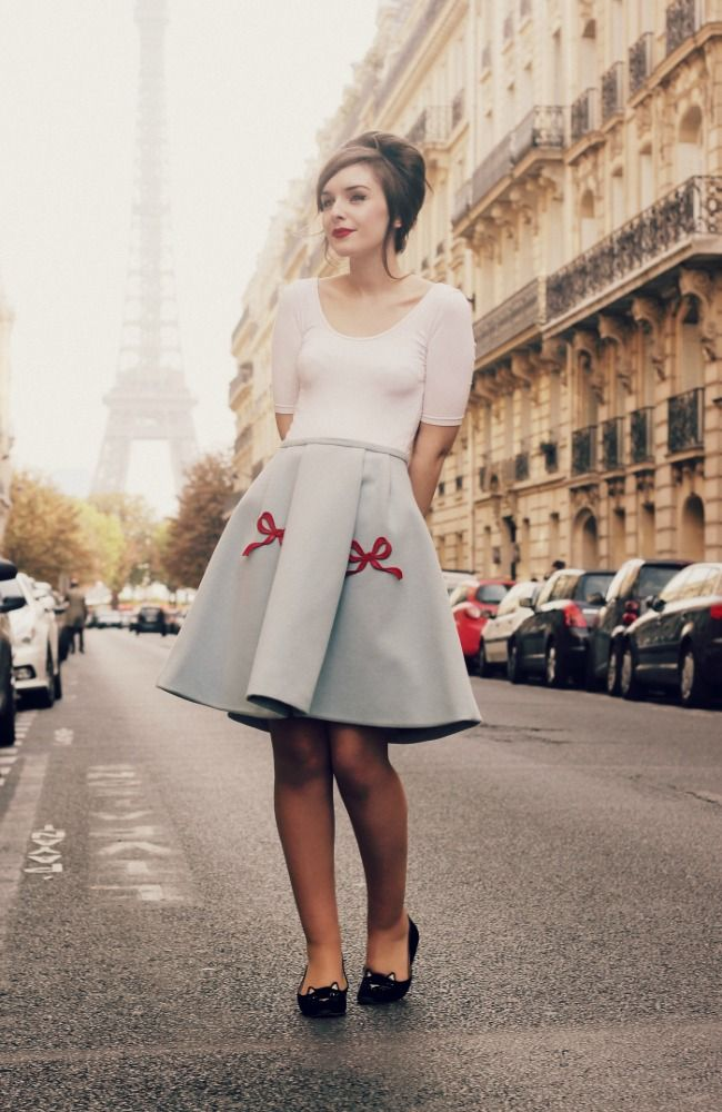Passport to Paris - What Olivia Did... This outfit is gorgeous and this chicks blog is awesome as well:)