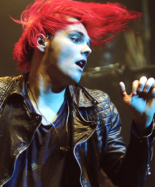 """Gerard Way - I don""""t care for the hair on him, bu it's a cool picture."""