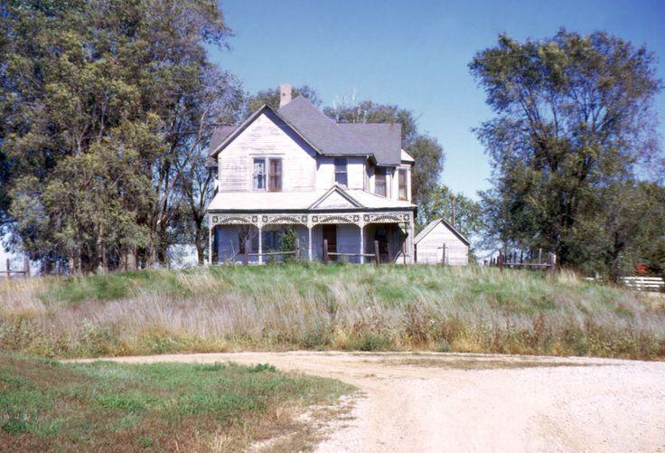 Small missouri farmhouses for sale the mark pinkney white farm house